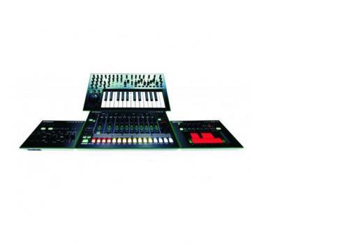 Roland Aira Komplette Set