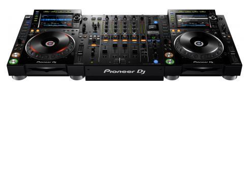 Pioneer NXS2 Set - 1x DJM-900 NXS2 2x CDJ-2000 NXS2