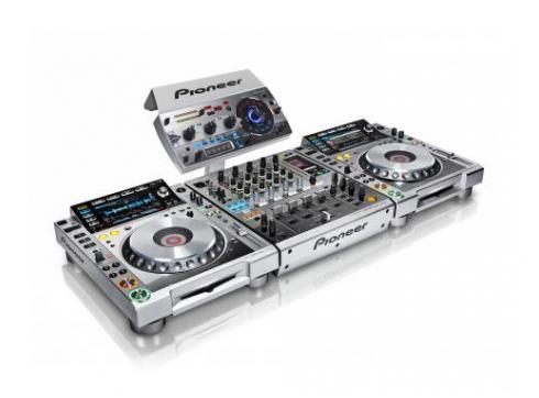 Pioneer CDJ-2000NXS DJM-900NXS Platinum Limited Edition - Stockclearing